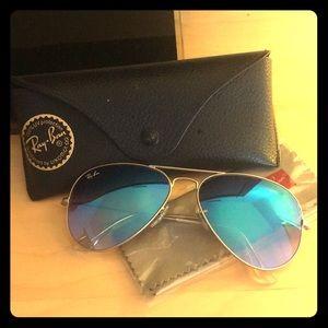 RAY-BAN Blue Shade Aviator Sunglasses